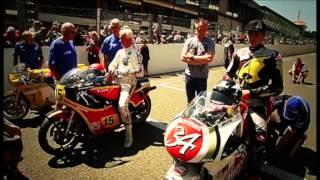 Download Scott Redding rides the #34 Suzuki RGV500 Video
