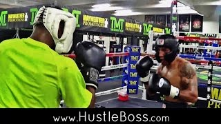 Download Daquan Mays vs. Clint Coronel Raw Sparring at the Mayweather Boxing Club Video