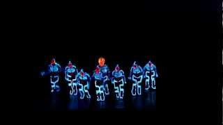 Download Amazing Tron Dance performed by Wrecking Orchestra Video