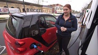 Download Faut-il passer à la voiture électrique ? - Tout Compte Fait Video