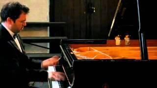 Download Daniel Sabbah plays Sinding Rustle of spring Video