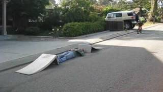 Download OMG!!! 5 yr old kid bike jumps 10ft over his Dad!!! Video
