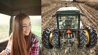 Download Teaching Her To Drive A Tractor! (John Deere 4640) Video