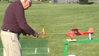 Download Rubber band airplane Video