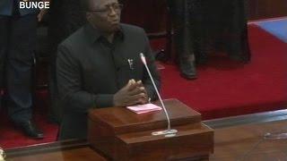 Download Waziri Mwakyembe alishindwa kujizuia na kumwaga machozi akimuombea Samwel Sitta Video
