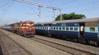 Download 18520 Mumbai LTT-Vishakapatnam Express overtaking 17643 Circar Express! Video