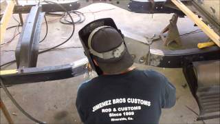 Download JIMENEZ BROS CUSTOMS / HOW TO INSTALL 2 LINK suspension part 1 Video