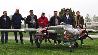 Download 20ft. B-25 Mitchel 2x400cc Moki - Maiden Video