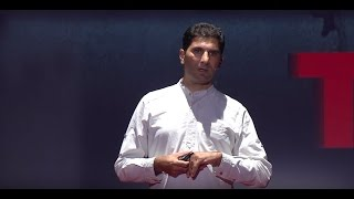 Download From Reporter to Love Porter | Afshin Valinejad | TEDxKyoto Video