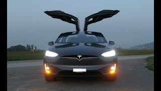 Download Tesla Model X - CRAZY LIGHTSHOW !!! Must see! Full HD Video