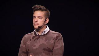 Download Mis 2 realidades: opuestos que construyen | Vadhir Derbéz | TEDxPitic Video
