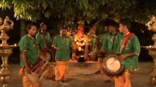 Download Kaathu Vazhi - Siva Mathura Kaali Urumee Melam 5 Video