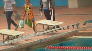 Download Amputee Woman Swimming in Caracas (04-09-2.011) HD Video