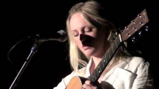 Download Laura Marling being a badass - Chicago 2013 Video