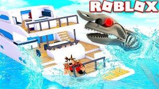 Download ESCAPE GIANT SKELETON SHARK IN ROBLOX! (ROBLOX SHARK SIMULATOR) Video