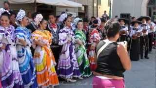 Download Dance Mexican and Ukrainian Video