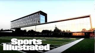 Download Inside Oregon's Football Performance Center | Sports Illustrated Video