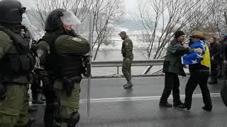 Download Naguravanje policije i boraca u Mravićima Video