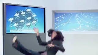 Download Une présentatrice météo chute en direct ! Video