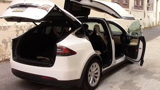 Download Tesla Model X: Strange Quirks and Cool Features Video