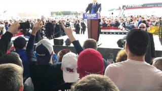 Download Attempted attack on Donald Trump at Dayton Ohio March 12, 2016 Video