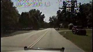 Download Amazing Hgh-speed Car Chase by State Trooper Video