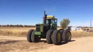 Download 1975 John Deere 7520 Tractor Video