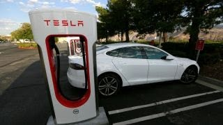 Download Why would Elon Musk want to take Tesla private? Video