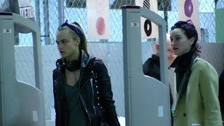 Download Cara Delevingne and girlfriend Annie Clarke IN LOVE in Paris Video
