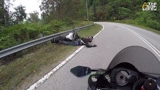 Download Yamaha MT-09 crash at Bukit Tinggi Video