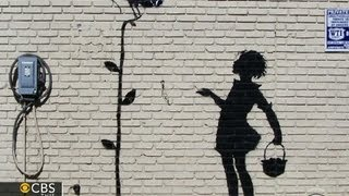Download Graffiti artist Banksy setting up studio in NYC for a month Video