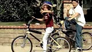 Download Uncle Kracker - Follow Me Video