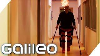 Download Exoskelett: dieser Mann mit Querschnittlähmung kann plötzlich wieder gehen | Galileo | ProSieben Video