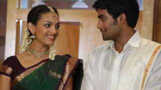 Download AnandaThandavam-Kana Kangiren Video