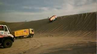 Download DAKAR 2013 ETAPA 2 PISCO CAMIONES ATASCADOS Video