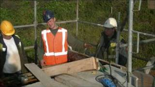 Download Leerling betontimmerman (CIVILION) aan het werk. Video