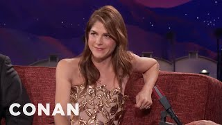 Download Selma Blair Plays A Killer Parent In ″Mom And Dad″ - CONAN on TBS Video