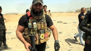Download Meet Abu Azrael, 'Iraq's Rambo', the most reknown fighter in Iraq Video