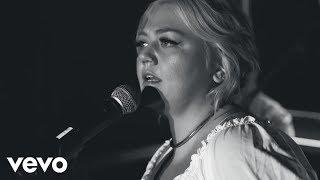 Download Elle King - Little Bit Of Lovin' (Live From London) Video