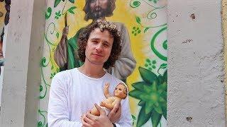 Download Así se celebra la Navidad en el barrio   Tradiciones y creencias Video