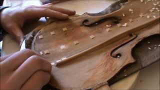 Download Jannes Irps - Repair of an old HOPF violin part 1 Video