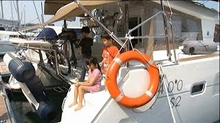 Download SINGAPORE: Some families opt for yacht living in new lifestyle Video