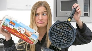 Download Making an Omelette in a Waffle Maker - What could go wrong? Video