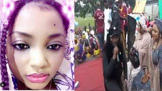 Download Yadda Abbas Sadiq ya dinga koda A'isha Tsamiya a cikin taro Video