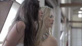 Download Behind the Scenes - Grunge Couture - Honeyrock Photography Video