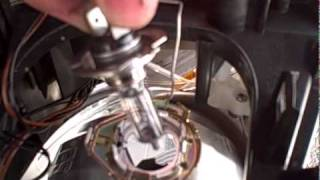 Download changing headlamp bulb on a ford focus cmax (high quality) Video
