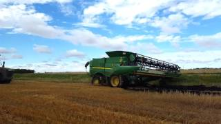 Download Harvest run in Canada. Olsen custom farms Video