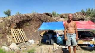 Download OLD MAN BUGGING OUT IN THE ARIZONA DESERT Video
