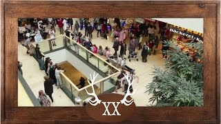 Download voXXclub - ″Rock mi″ Flashmob in den Riem Arcaden in München Video