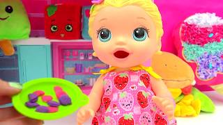 Download Babysitting Baby Alive Super Snacks Snackin' Lily Feed Playdoh Food + Poops - Cookieswirlc Video Video